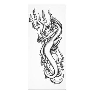 Dragão na chama tribal 10.16 x 22.86cm panfleto