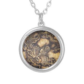Dragão oriental japonês tradicional - 日本 - 鳴き龍 colar banhado a prata