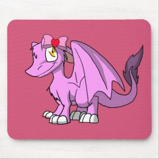 Dragão peludo de Bubblegum SD com arco 1 do dia