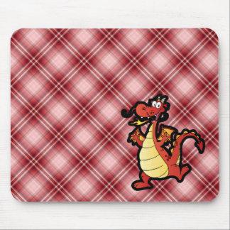 Dragão vermelho dos desenhos animados da xadrez mouse pads
