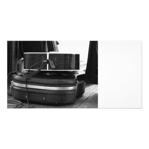 Duas caixas pretas da guitarra no bw cartoes com fotos personalizados