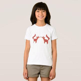 Duas raposas alaranjadas pequenas camiseta