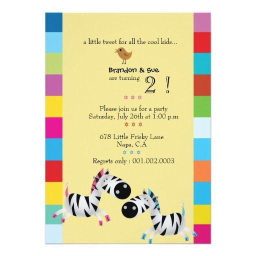Duas zebras - a festa de aniversário dos gêmeos do convites personalizados