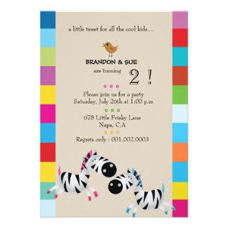 Duas zebras - a festa de aniversário gêmea de crem convites