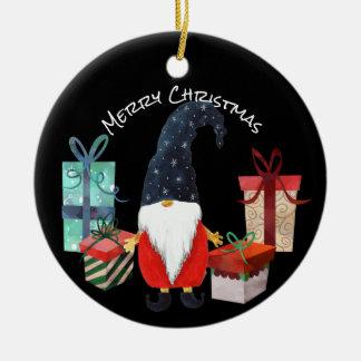 Duende do Natal com chapéu e o ornamento azuis dos