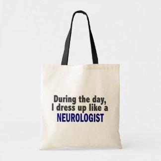 Durante o dia eu visto-me acima como um neurologis bolsa