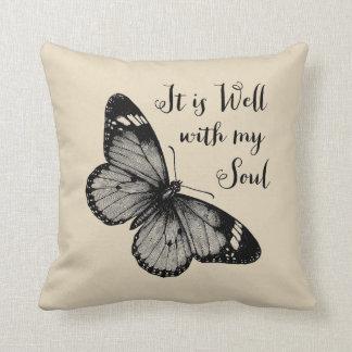 É bem com meu travesseiro decorativo da borboleta almofada