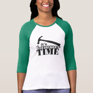 É camisa do Raglan das mulheres do tempo do