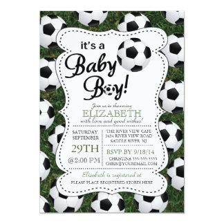 É um chá de fraldas do futebol do bebé convite 12.7 x 17.78cm