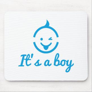 é um design do menino com ícone bonito da cara do  mouse pad