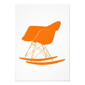 Eames moldou a cadeira de balanço plástica convites personalizado