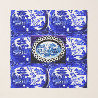 Echarpe O lenço maciço do salgueiro azul perfurou a versão
