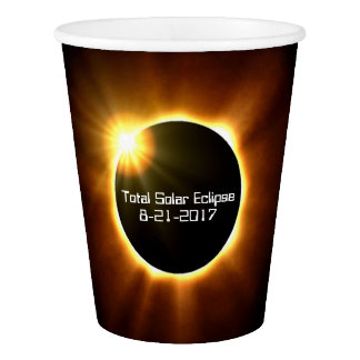 Eclipse solar total - copos de papel