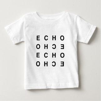 eco tipográfico limpo mínimo camiseta para bebê