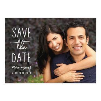 Economias modernas da foto do casal o cartão de convite personalizados