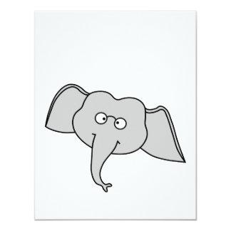 Elefante cinzento com vidros. Desenhos animados Convite 10.79 X 13.97cm