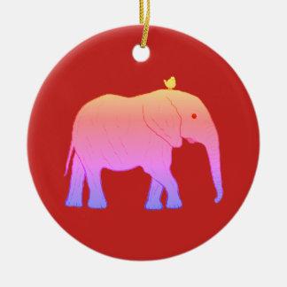 Elefantes redondos dos enfeites de natal