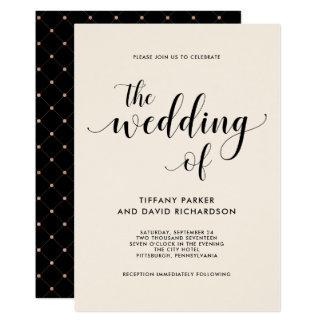 Elegante cora o convite do casamento