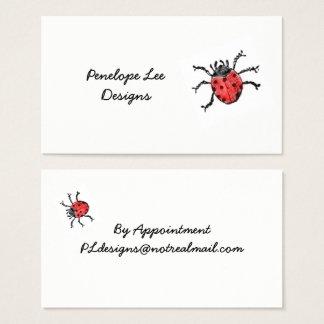 Elegante minimalista do joaninha vermelho do cartão de visitas