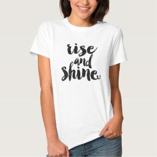 Elevação e brilho tshirts