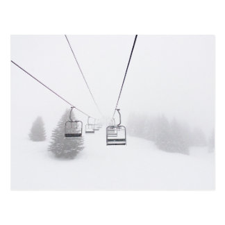 Cartão Postal Elevadores de esqui no cartão do blizzard