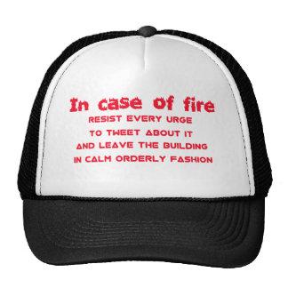 em caso do fogo resista o impuso tweet boné