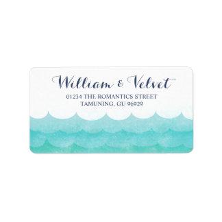 Em etiquetas de casamento náuticas do mar