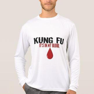 Em meu sangue KUNG FU Camiseta