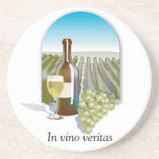 Em portas copos do vinho de Veritas do Vino Porta-copos