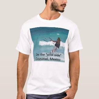 """Embarque do papagaio """"no lado selvagem """" camiseta"""
