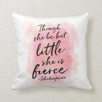 Embora seja mas pouco, é travesseiro feroz almofada