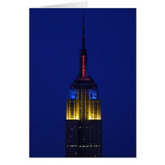 Empire State Building em cores da banda desenhada Cartão Comemorativo