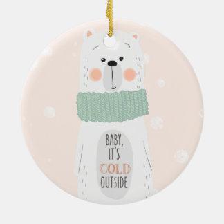 Enfeites de natal bonitos da parte externa fria do