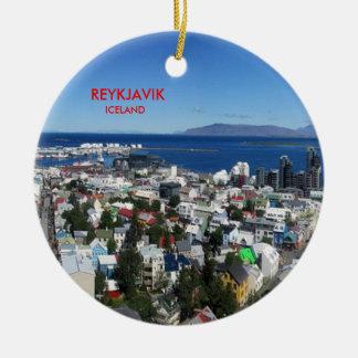 Enfeites de natal cénicos de Reykjavik Islândia