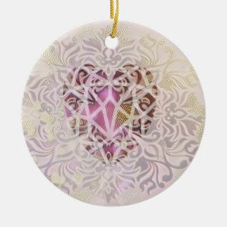 Enfeites de natal cor-de-rosa do coração do ouro