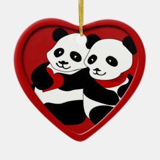 Enfeites de natal do casal do amor da panda