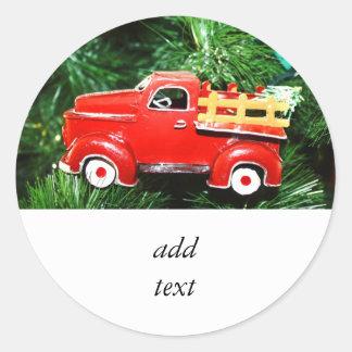 Enfeites de natal vermelhos 4 do caminhão adesivo redondo