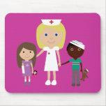 Enfermeira bonito dos desenhos animados & rosa cus mouse pad