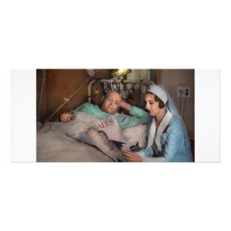 Enfermeira - consolando os pensamentos 1933 10.16 x 22.86cm panfleto