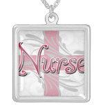 Enfermeira cor-de-rosa da cruz/redemoinho colar
