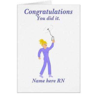 Enfermeira diplomada da graduação dos parabéns cartão comemorativo