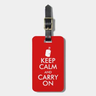 Engraçado mantenha calmo e continue a mala de tag de bagagem