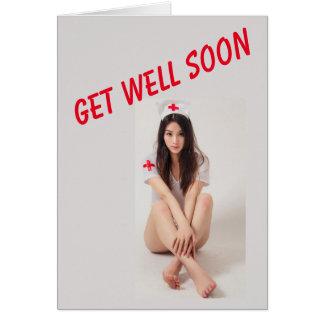 Engraçado obtenha o cartão bom com enfermeira