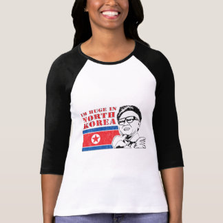 enorme somente na Coreia do Norte - Kim Jong-il Tshirts