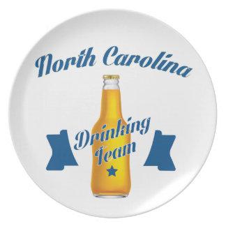 Equipe do bebendo de North Carolina Prato De Festa