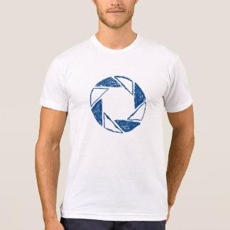 Esboço da abertura de lente camiseta