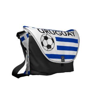 Esboço do futebol, bandeira de Uruguai Bolsas Mensageiro