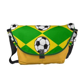 Esboço do futebol da bandeira | de Brasil Bolsa Mensageiro