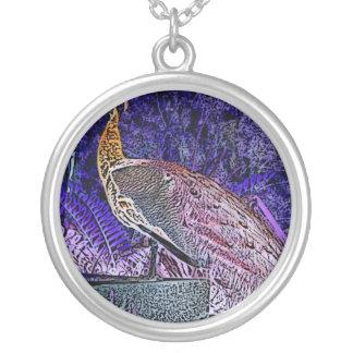 esboço roxo do pavão invertido colares