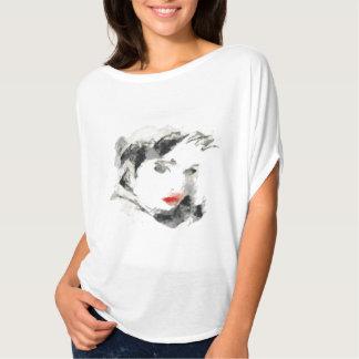 Esboços requintados de mulher tshirt